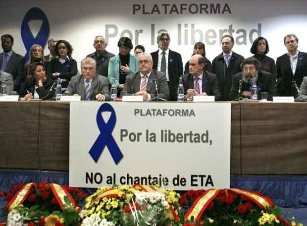 MARCHA DEL PP CONTRA LA POLÍTICA ANTITERRORISTA DEL GOBIERNO DEL PSOE: ÚLTIMAS NOTICIAS (1:20)