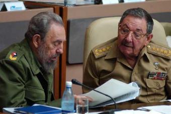 FIDEL CASTRO RENUNCIA A LA PRESIDENCIA Y AL PUESTO DE COMANDANTE EN JEFE DE CUBA. YA ERA HORA.