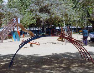 LORCA: INSEGURIDAD EN ÁREAS INFANTILES EN PARQUES