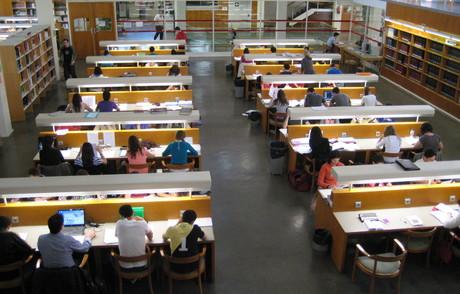Un grupo de amigos para defender las bibliotecas de Zaragoza: Entrevista en heraldo.es. ¡OJO A LOS COMENTARIOS!